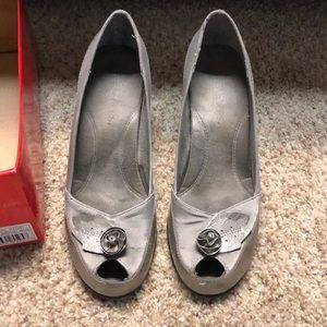 Aerosoles Silver Gray Heels